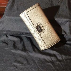 Handbags - Relic Brand wallet